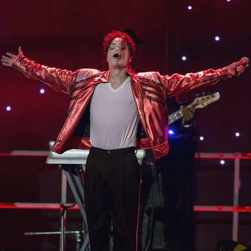 Abstract Entertainment presents Michael Jackson - The Legacy Tour