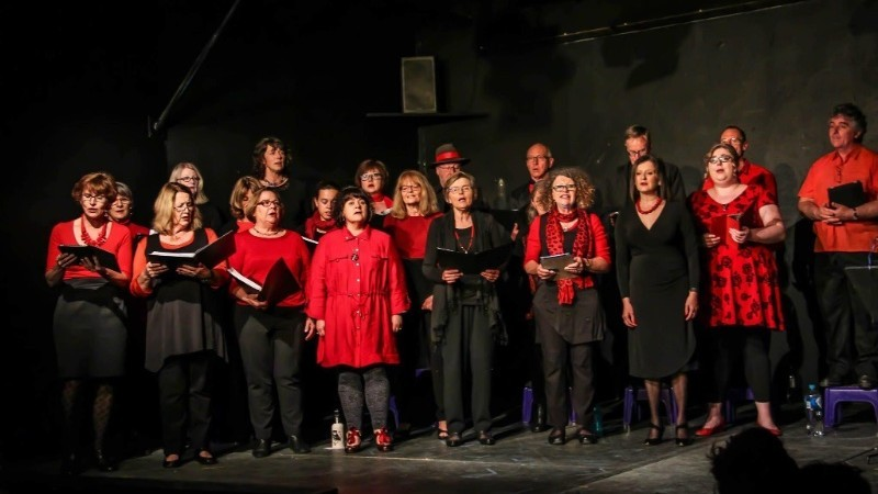 36 Degrees South Choir present 'Songs from the Isles'.