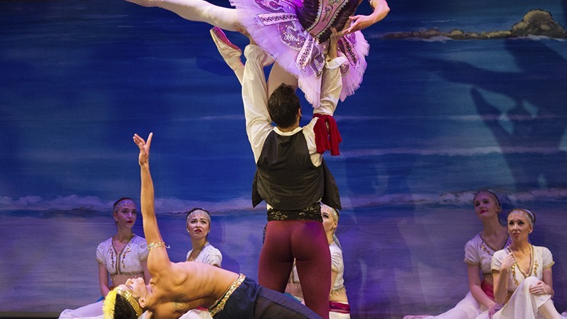 Riverlinks and Victorian State Ballet present Le Corsaire