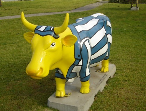 Bananas in Pyjamas Cow