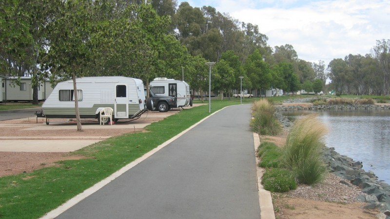 Victoria Lake Holiday Park